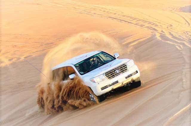 http://www.falcontoursqatar.com/images/desert/Qatar-Desert-Safari-5.jpg